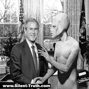 Clinton_and_Bush_ Alien_Image_7